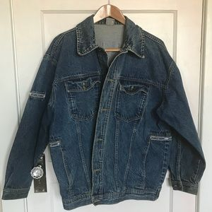 Denim Jacket Size Large ✨